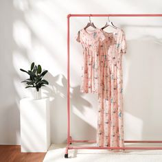 Fresh Floral Print Short Sleeve Maxi Dress in Pink for Mom and Me Home Studio Photography, Clothing Photography, Fashion Photography, Clothing Studio, Crew Clothing, Boutique Interior, Foto Still, Clothing Displays, Batik Dress
