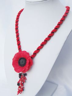 FREE SHiPPING.Poppy necklcace, Red and black necklace,  seed beads crochet rope necklace,   polimer clay poppy, - pinned by pin4etsy.com