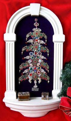 vintage christmas tree collage | Large Vintage Rhinestone Jewelry Christmas Tree Framed Art