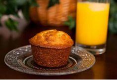 Muffins de naranja, esponjosos con un ligero sabor amargo al llevar ralladura de…