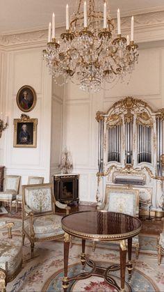 Classic, roccoco palace Luxury Homes Interior, Home Interior Design, Interior Architecture, Rococo Furniture, Renaissance Architecture, French Rococo, Facade House, Room Inspiration, Room Decor