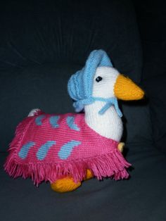 Jemima Puddleduck is designed by Alan Dart by Marionsknittedtoys, $37.00