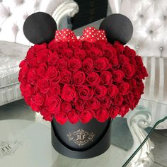 Magical things are always created at JLF Los Angeles! Here is JLF floral version of a classic Minnie Mouse made with 75 red roses. Same day delivery service from JLF Los Angeles. Luxury Flowers, Exotic Flowers, Pretty Flowers, Tropical Flowers, Cut Flowers, Fresh Flowers, Purple Flowers, Flower Box Gift, Flower Boxes