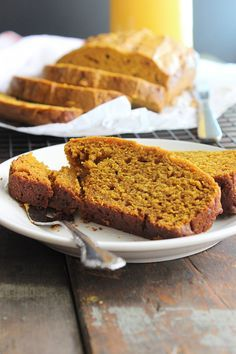 Healthy Pumpkin Pie Bread!! This is soooo simple and delicious!!!! YUM