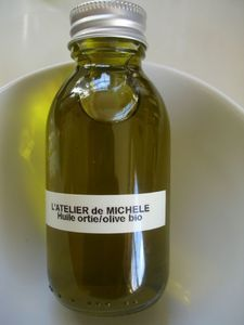 Ode à l'ortie (1) : La macération huileuse d'ortie fraîche