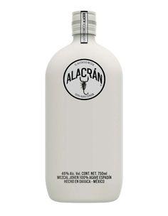 No soy tan tequilero, pero cómo me gusta un buen diseño. Además, dicen que este Alacrán si es bueno... (ooough, este es mezcal... pero juro que sí hay tequila de esa marca) (ya, pues)