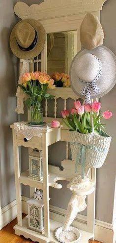 flores...chapéus tudo pendurado