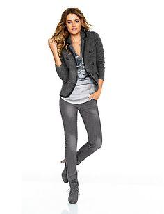 #Kurzblazer #Shirt #Jeans #Stiefelette