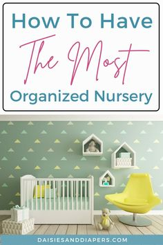 Here's the best tips and ideas that will help you learn how to organize a nursery. From closets to drawers to diaper changing, this post will walk you through it all! Mom Hacks, Baby Hacks, Baby On The Way, Mom And Baby, Taking Care Of Baby, Nursing Supplies, Diaper Pail, Nursery Organization, Stay At Home Mom
