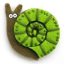 Caracol de fieltro. Felt snail.
