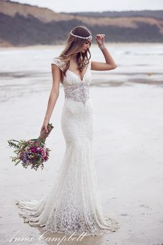 Anna Campbell Glam Beach Wedding Dress Spirit Collection_Ebony