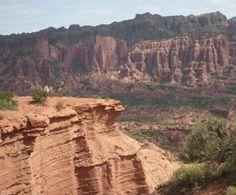 Informacion turistica sobre el Parque Nacional Sierra de las Quijadas en la provincia de San Luis. Hacé click y descubrilo !
