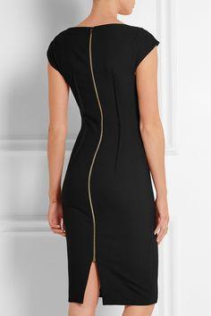Black stretch-crepe Zip fastening through back 67% polyester, 29% viscose, 4% elastane; lining: 100% silk Dry clean