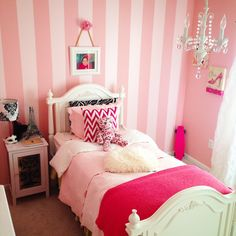 Emma Grace's Parisian Bedroom is part of bedroom Pink Project Nursery - A Parisian inspired bedroom fit for a little girl Diy Home Decor Projects, Home Decor Furniture, Cool Furniture, Living Furniture, Furniture Stores, Interior Design Blogs, Room Interior, Pink Bedroom Design, Nursery Design