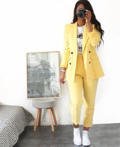 Hello Fashionica Total Look Zara Lamey (formerly collector The best outfit ideas Sporty Outfits, Mode Outfits, Classy Outfits, Fall Outfits, Summer Outfits, Pink Blazer Outfits, Formal Outfits, Dance Outfits, Stylish Outfits