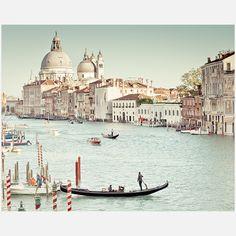 Keri Bevan- Venice Morning 20x16