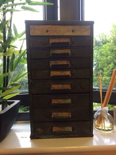 This weekends upcycle old tin storage. Could be jewellery box