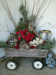 Rustic Christmas Decorations look very cool and cozy. Check these awesome DIY Rustic Christmas Decorations ideas and give a traditional look to your home. Christmas Porch, Primitive Christmas, Outdoor Christmas Decorations, Country Christmas, All Things Christmas, Winter Christmas, Christmas Holidays, Christmas Wreaths, Tree Decorations