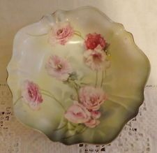 EXQUISITE RS PRUSSIA GERMANY ANTIQUE B T CO PEONIES BOWL MOLDED GRN WREATH MARK