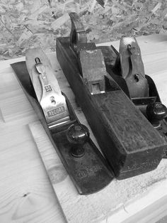 Preparing Wood With Hand Planes ...... So why on earth would you want to prepare stock by hand? It sounds hard work right.......http://gshaydon.co.uk/blog/preparing-wood-with-hand-planes/