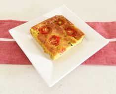 Want to make a Zucchini Slice that's a little bit fancy! This Thermomix Tomato, Prosciutto & Zucchini Slice looks great, tastes amazing and is so easy!