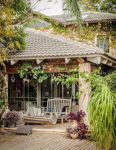 Porches, Garden Floor, Garden Design, House Design, Garden Deco, House Entrance, Architecture Plan, Beautiful Homes, Outdoor Living