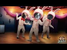Dogs Dancing and Singing for an Happy Easter! Watch the Video!