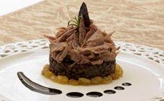 O que fazer com as sobras de pernil? Prepare a carne com lentilha Sobras de pernil com lentilha: veja como fazer a receita.