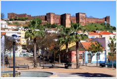 location silves portugal caption silves castle ... Silves Algarve, Silves Portugal, Places Around The World, Around The Worlds, Portugal Vacation, Visit Portugal, Family Days Out, Countries To Visit, European Vacation