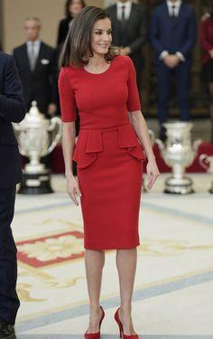 Rojo De Vestiditos Elegante Pinterest Vestido Zara Terciopelo HT5wtwq