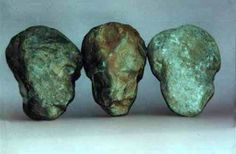 """Groß Pampau, GR, c. 500,000 BP, Human Heads, Skulls / b)pampheads456  Comment: Identified as """"Series of men's heads, naturalistic and abstract."""" For more on center object see next image."""