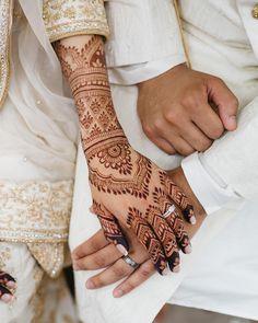 59 Ideas For Bridal Mehendi Wedding Henna Art wedding henna 59 Ideas For Bridal Mehendi Wedding Henna Art Henna Hand Designs, Wedding Henna Designs, Indian Henna Designs, Tattoo Designs, Art Designs, Design Art, Henna Ink, Hand Henna, Henna Tattoos