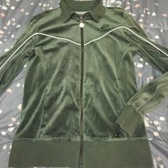 Nike zip up Nike super soft zip up, Size med  Reasonable offers accepted ✅ 100% authentic   Same day shipping Nike Sweaters