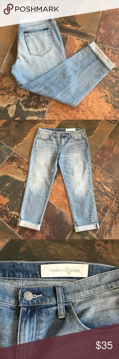 """NWOT T&B Boyfriend Ankle Jeans These jeans are NWOT and are in perfect condition. 24"""" inseam. Treasure & Bond Jeans Ankle & Cropped"""