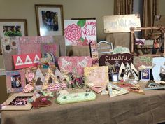 SFA Ddd cute display tables for recruitment