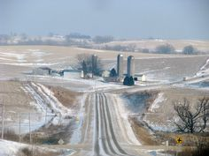 I love riding around in the country in the winter in Iowa. It can be so pretty.
