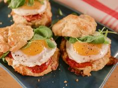 McFlay McScones recipe from Bobby Flay  Muenster and smoked ham scones with roasted tomato