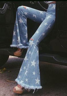 1a1c2401145 43 Top Flare Pants Outfit images