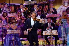 Win 2 tickets to Andre Rieu's concert at the O2 on 20 Dec! That's another of the amazing prizes up for grabs to our Week of the Waltz party hosts. If you've not yet got your guests to RSVP to your #LoveInVenice party, do so ASAP as we'll send packs to the first 150 chosen hosts who get the required number of RSVPs in their Come Round account. Only by getting a pack and hosting this party can you win prizes like this.
