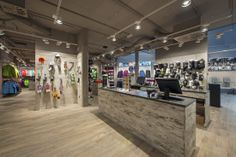 FIMA Architecture SA - Surface commerciale Mountain Air Shop Verbier  Commercial surface of Mountain Air Shop Verbier