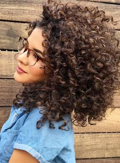 Hair colors for curly hair best naturally curly hair care images on braids at permed hair . Brown Curly Hair, Colored Curly Hair, Curly Hair Care, Short Curly Hair, Curly Hair Styles, Natural Hair Styles, Kinky Hair, Curly Bob, Super Curly Hair