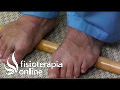 Auto - masaje de la planta del pie con palo de madera. Relajar los pies. - YouTube