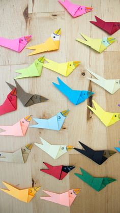 How to make paper strip birds- fun and easy spring folding craft to make with kids Paper Crafts For Kids, Crafts For Kids To Make, How To Make Paper, Art For Kids, Arts And Crafts, Bird Crafts, Cute Crafts, Construction For Kids, Paper Strips