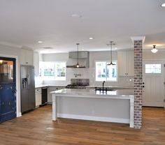 51st St Residence by Rafterhouse - Love this kitchen