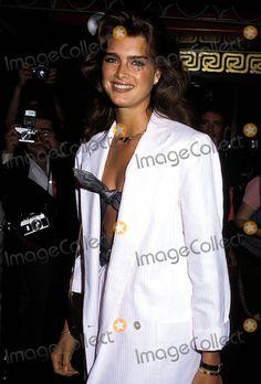 Brooke Shields Photo - Brooke Shields Photo:phil Roach / Ipol / Globe Photos Inc 1988
