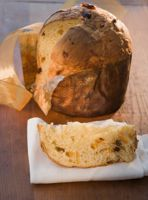 http://southamericanfood.about.com/od/holidayrecipes/r/Quick-And-Easy-Recipe-For-Panettone.htm
