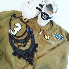 Loving this #streetstyle #flatlay featuring our Collette statement necklace