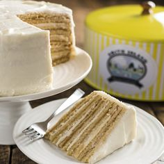 Lemon Cream Smith Island Cake by order only Desert Recipes, Gourmet Recipes, Baking Recipes, Cake Recipes, Holiday Desserts, Just Desserts, Smith Island Cake, Lemon Cream Cake, Cake Online