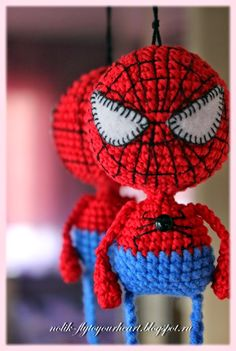 Fly to Your Heart Spiderman crochet pattern. In another language