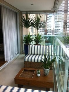 Fabulous Fall Apartment Balcony Decorating Ideas That Looks Modern - Apartment - Balcony Furniture Design Narrow Balcony, Small Balcony Decor, Small Balcony Design, Glass Balcony, Outdoor Balcony, Small Patio, Outdoor Spaces, Outdoor Decor, Balcony Gardening